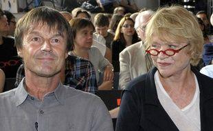 Les deux principaux candidats à la primaire écologiste, Nicolas Hulot et Eva Joly, lors de leur second débat à la Bellevilloise, à Paris, le 9 juin 2011.
