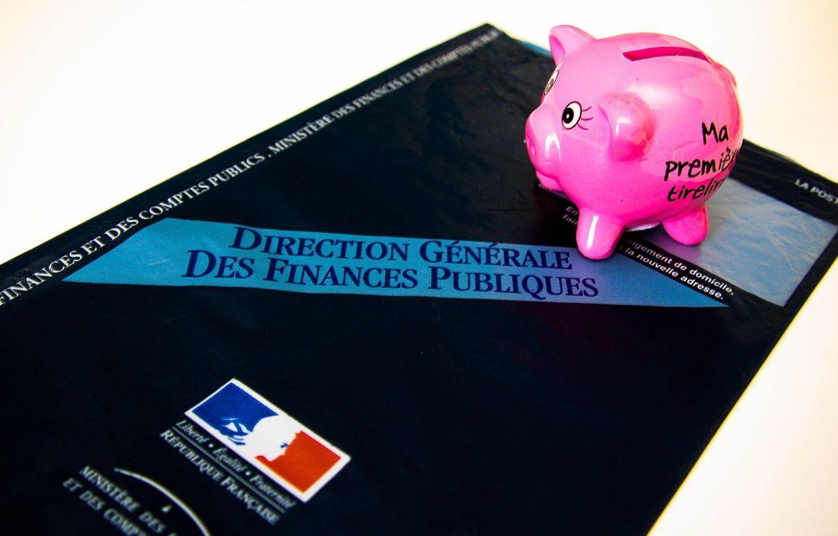 Illustration impôts. Fiscalité. – GILE MICHEL/SIPA
