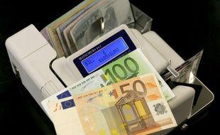 Un détecteurs de faux billets (illustration).