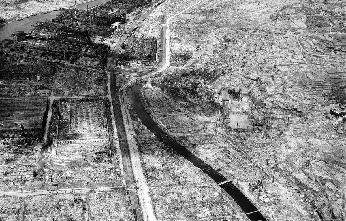 Cette photographie prise le 4 septembre 1945 montre les ruines de Nagasaki, près d'un mois après la bombe qui a détruit la ville. – AP/SIPA