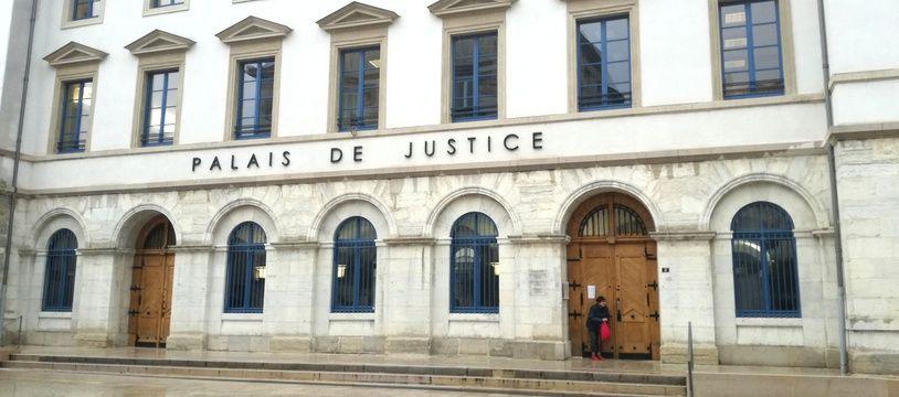 Le tribunal correctionnel de Valence, dans la Drôme.