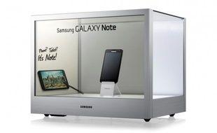 Samsung a intégré un écran transparent pour créer la vitrine du futur.