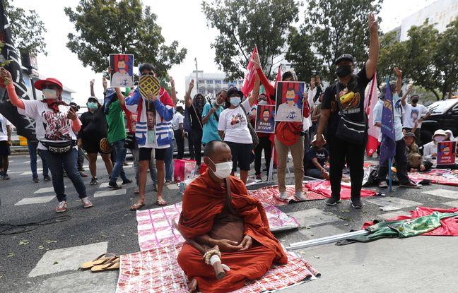 648x415 militants prodemocratie manifestent devant tribunal bangkok thailande debut mars 2021 contre loi lese majeste constitution
