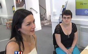 Capture d'écran d'un sujet de TF1 dans lequel l'attaché de presse du député UMP Eric Ciotti se fait passer pour une mère de famille.