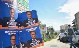 Des affiches de Renaud Muselier pendant la campagne pour les régionales