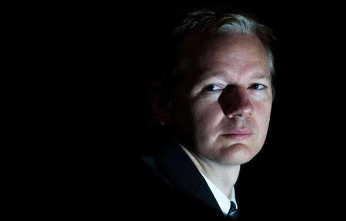 Julian Assange, le fondateur du site WikiLeaks lors d'une conférence de presse à Londres, Grande-Bretagne, le 23 octobre 2010. – REX / SIPA