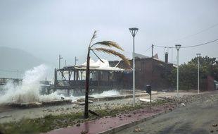 La Grèce est touchée par un  ouragan méditerranéen.