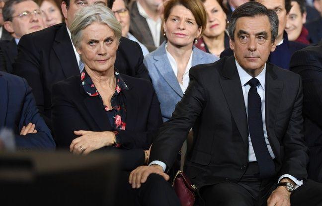 Paris, le 29 janvier 2017. François et Penelope Fillon lors d'un meeting quelques jours après l'ouverture de l'enquête sur l'affaire dite des «emplois fictifs».
