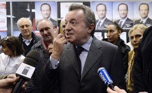 """La nouvelle demande de levée de l'immunité parlementaire du sénateur PS Jean-Noël Guérini vise à le placer en garde en vue pour l'interroger sur un dossier à """"caractère mafieux"""", est-il écrit dans le document que l'AFP a pu consulter mardi."""
