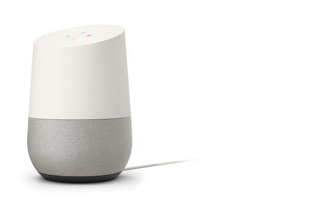 Deux micros, des haut-parleurs, une surface tactile et des LED: Google Home a choisi un design épuré.