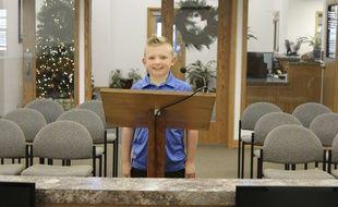 Dane Best, 9 ans, a plaidé pour mettre fin à l'interdiction des batailles de boules de neige dans sa ville de Severance (Colorado).