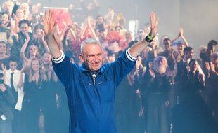 Jean-Paul Gaultier lors de son dernier défilé le 22 janvier 2020 au Théâtre du Châteler