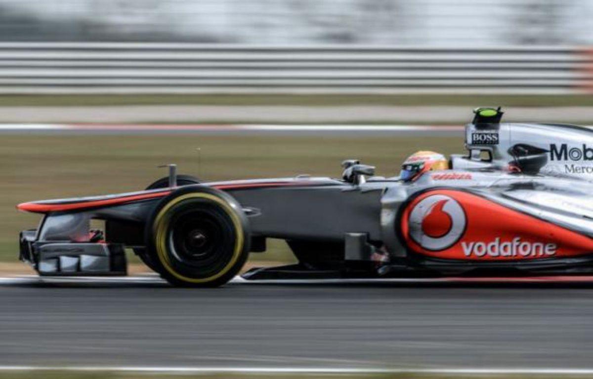 Le Britannique Lewis Hamilton (McLaren) a réalisé le meilleur temps de la première séance d'essais libres du Grand Prix de Corée du Sud, 16e manche (sur 20) du Championnat du monde de Formule 1, vendredi matin sur le circuit de Yeongam, au sud de Séoul. – Philippe Lopez afp.com