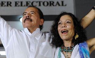 L'ancien guérillero Daniel Ortega doit être officiellement investi mardi pour un troisième mandat à la tête du Nicaragua, un des pays les plus pauvres du monde, avec une domination consolidée au Parlement qui fait craindre à ses opposants une dérive autocratique.