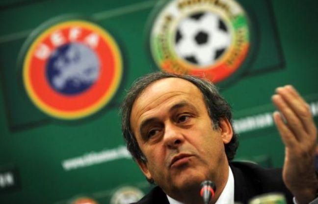 """Le président français de l'Union européenne de football (UEFA), Michel Platini, a réclamé dans la presse allemande la création d'""""une police du sport"""" qui serait notamment chargée de lutter contre les réseaux de paris truqués."""