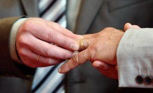 Marriage d'un couple d'homosexuels le 1er juin 2013 à Boulogne-sur-Mer