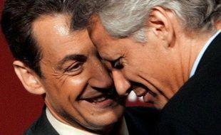 Juin 2005 Jacques Chirac nomme Villepin Premier ministre. Sarkozy devient son ministre de l'Intérieur...