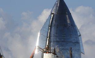 Un prototype de la fusée Starship a explosé lors d'un test.