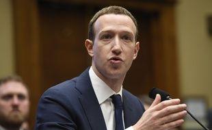 Mark Zuckerberg a témoigné pendant dix heures devant les élus américains la semaine dernière.