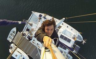 Corentin de Chatelperron et ses amis à bord du Nomade des mers.