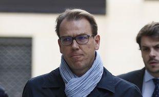 Guillaume Lambert, ancien directeur de campagne de Nicolas Sarkozy à la présidentielle, arrive  au Pôle Financier pour répondre aux enquêteurs sur l'affaire Bygmalion, le 9 octobre 2015 à Paris.