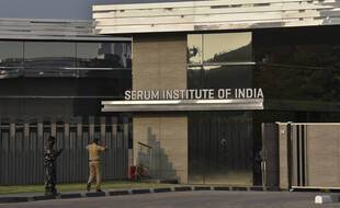 L'entrée du Serum Institute of India, plus gros fabricant au monde de vaccin anti-covid, le 11 janvier dernier.
