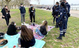 La police municipale a effectué des contrôles et de la prévention, dimanche sur les quais de Bordeaux
