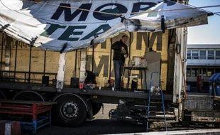 Un accord a été trouvé avec le repreneur du transporteur Mory Ducros, le groupe Arcole, et présenté vendredi en comité d'entreprise, ouvrant la voie à la mise en œuvre d'un plan social qui doit permettre de sauver 2.210 emplois sur 5.000.