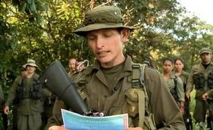 """L'espoir d'un retour prochain de Roméo Langlois, le journaliste français disparu depuis le 28 avril dans le sud de la Colombie, est né dimanche après la diffusion d'une vidéo d'un guérillero des Farc qui évoque un dénouement """"rapide""""."""
