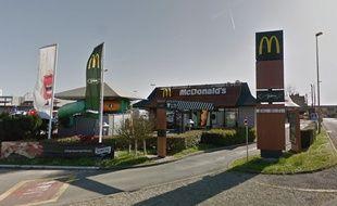 Le McDonald's de Quévert a été évacué mardi en fin de matinée.