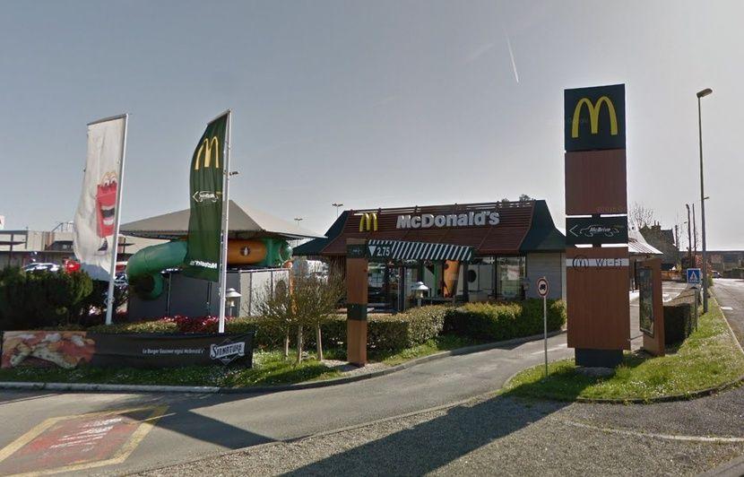 Bretagne : Onze personnes intoxiquées au monoxyde de carbone dans un McDo