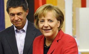 """L'agence de notation Fitch a maintenu mercredi la notation """"triple A"""" de la dette à long terme de l'Allemagne, la meilleure possible, assortie d'une perspective stable, soulignant la force économique du pays."""