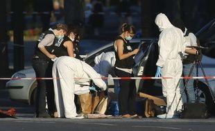 Adam D. a percuté un fourgon de gendarmerie, lundi, sur les Champs-Elysées. Les enquêteurs ont retrouvé des armes et des bonbonnes de gaz dans son véhicule