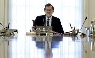Le Premier ministre espagnol préside un cabinet de crise pour répondre à la volonté d'indépendance de la Catalogne, samedi 21 octobre.