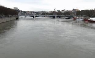 Les grands cours d'eau - Rhône, Saône et Doubs - sont contaminés aussi par nombre d'hydrocarbures aromatiques polycycliques (HAP).