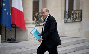 Le ministre de la Défense Jean-Yves Le Drian à l'Elysée, le 14 novembre 2015.