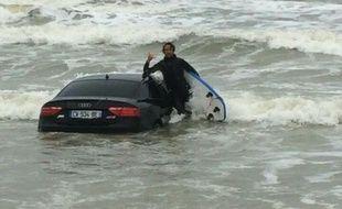 Une voiture a été retrouvée par des surfeurs sur la plage d'Olonee-sur-Mer