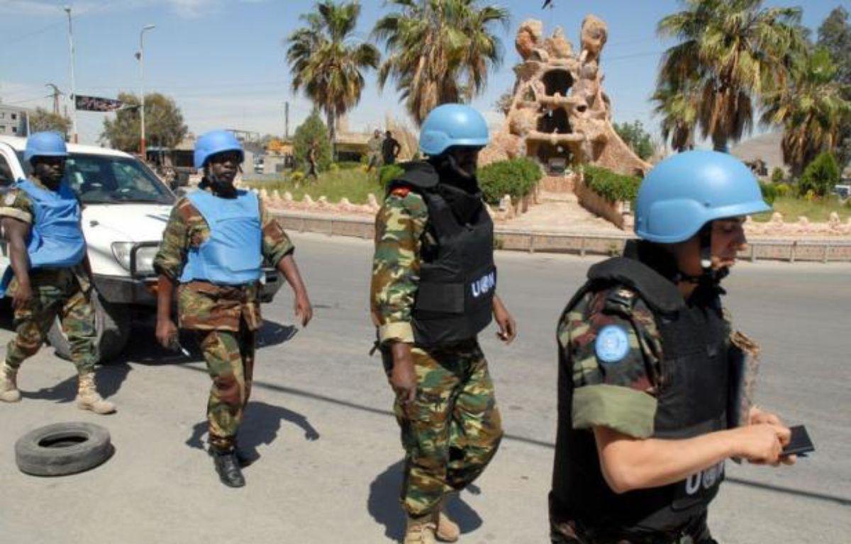 Les condamnations se sont multipliées samedi au lendemain du massacre à Houla, où les observateurs de l'ONU ont compté une centaine de morts dont plus de 32 enfants, le secrétaire général des Nations unies accusant Damas de violer le droit international et ses engagements. –  afp.com