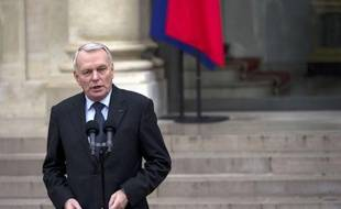 """Le gouvernement engagera en 2013 """"le grand chantier de la modernisation du droit de l'environnement"""" et organisera en mai des Etats généraux à ce sujet, a annoncé jeudi le Premier ministre, Jean-Marc Ayrault."""