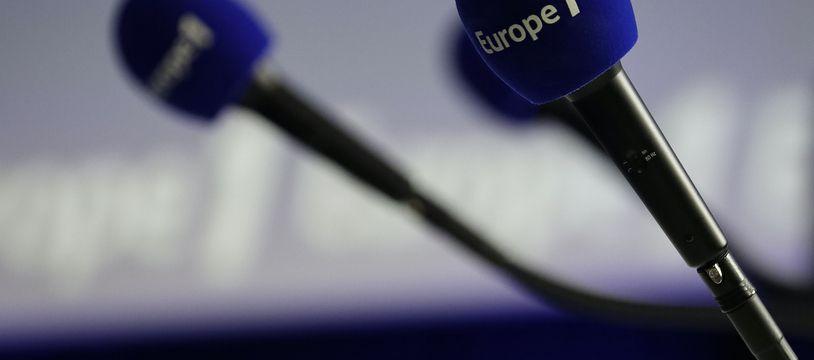Un micro d'Europe 1. Illustration