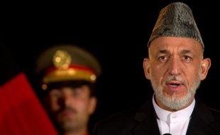 """L'élimination du chef des talibans pakistanais Hakimullah Mehsud, tué vendredi par un drone américain, est survenue à un moment """"mal choisi"""", a estimé le président afghan Hamid Karzaï, espérant que cette mort ne nuirait pas aux tentatives pour pacifier la région."""