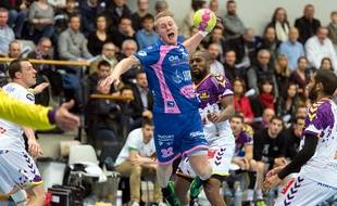 L'arrière droit cessonnais Geir Guðmundsson lors du dernier duel contre Nantes en Lidl Starligue, le 15 mars 2017.