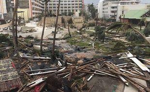 Un hôtel de Saint-Martin dévasté par l'ouragan Irma.