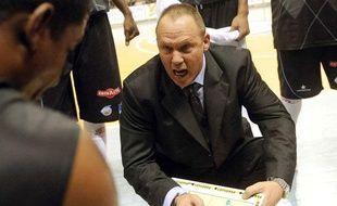 L'entraîneur de Roanne Jean-Denys Choulet, en 2009.