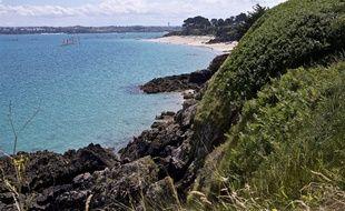 Vue de la pointe du Chevet, à Saint-Jacut-de-la-Mer, dans les Côtes d'Armor, depuis le sentier douanier.
