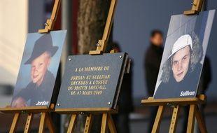 Hommage rendu aux deux supporters du LOSC décédés en mars 2009.