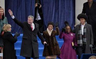 """Le nouveau maire démocrate de New York, Bill de Blasio, a promis mercredi de faire de la plus grande ville américaine une cité """"plus juste et plus progressiste"""", se disant déterminé à y combattre les inégalités."""