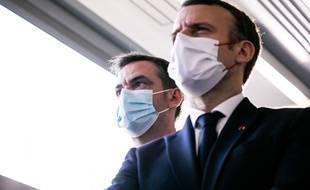 Olivier Véran et Emmanuel Macron.