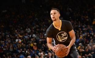 Stephen Curry lors de la victoire de Golden State contre Sacramento, le 28 novembre 2015 à Oackland.