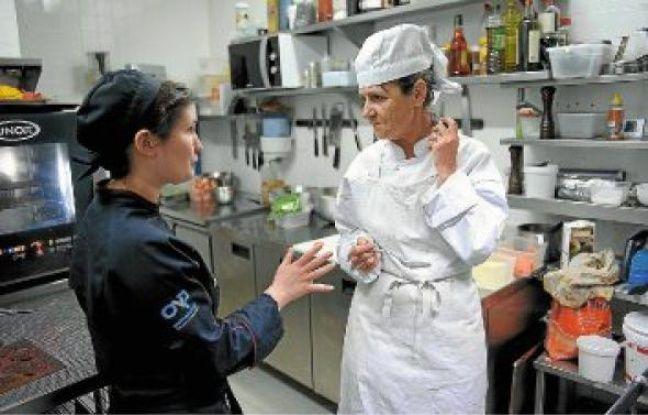 Sophie a testé ses dons culinaires dans la cuisine du restaurant Un jour un chef.